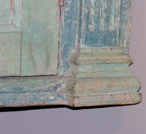 18th-c.-English-Blue-Painted-Corner-Cupboard-3