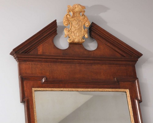 George-II-Plum-Pudding-Mahogany-and-Parcel-Gilt-Mirror-2